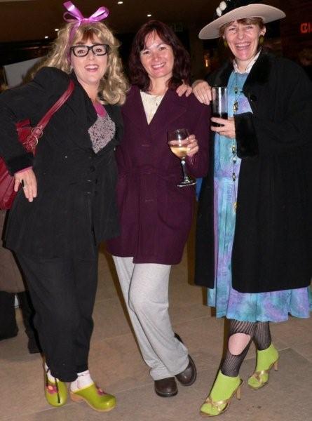 Alison Steven, Sheridan Connolly & Louise de Marillac<br />Saturday, June 20th, 2009