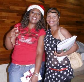 Sue Ncube from Mr Video Cedar Square and Tumi Radeba<br />Monday, November 30th, 2009