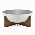 Salad bowl on acacia wood stand
